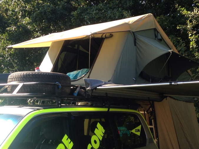 Outside, gordigear rooftent