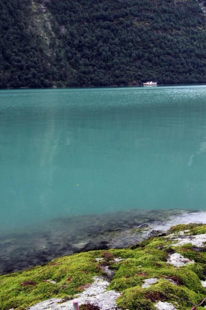 Вот такая водичка в озере