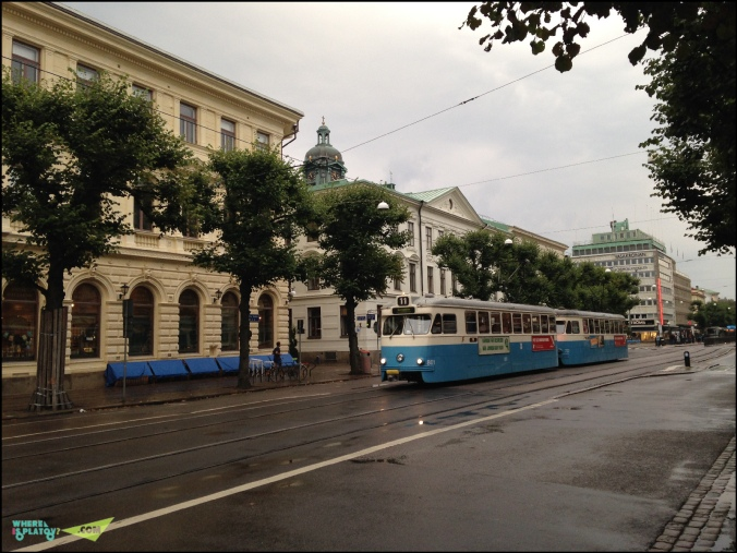 Goteborg tram. Традиционно синий