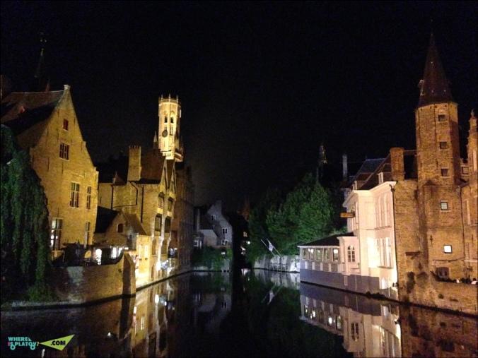 Brugge. Rozenhoedkaai. Ночной канал Розенхудкай. Один из лучших пейзажей Брюгге