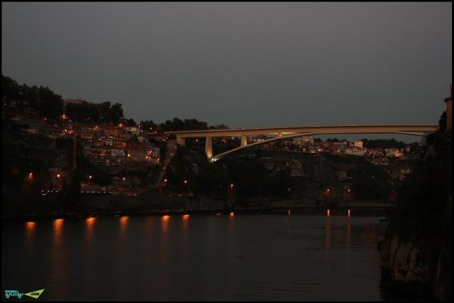 Мост Понте до Инфанте. Порто. Вила Нова де Гайя.