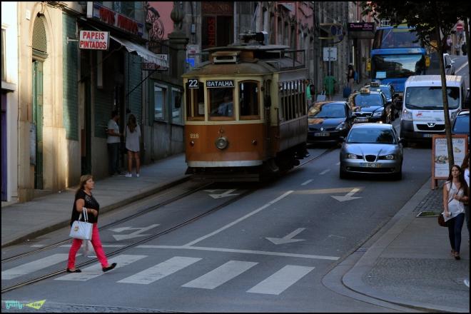Трамвай - символ как Лиссабона, так и Порто.