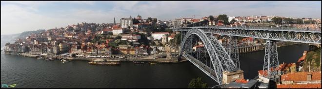 Вид на Мост Эйфеля.
